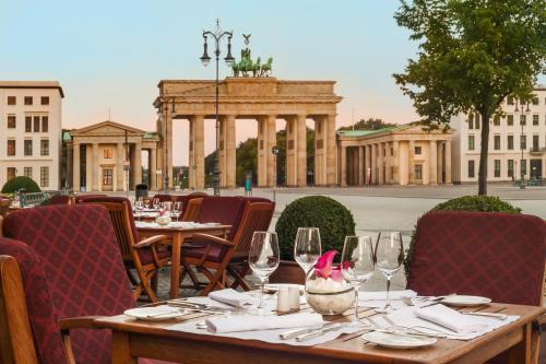 Lorenz Adlon Esszimmer Berlin A Michelin Guide Restaurant