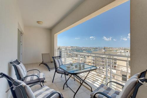 Luxury Apartment inc Pool & Views