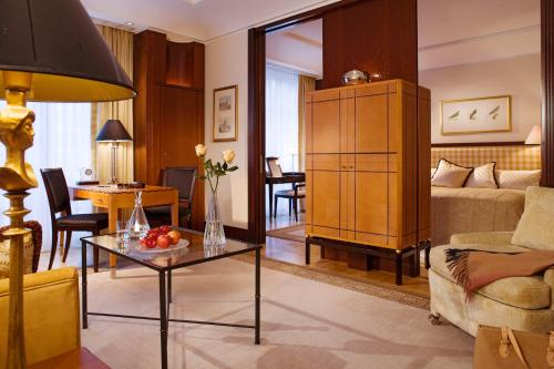 Hotel Adlon Kempinski Berlin photo 13