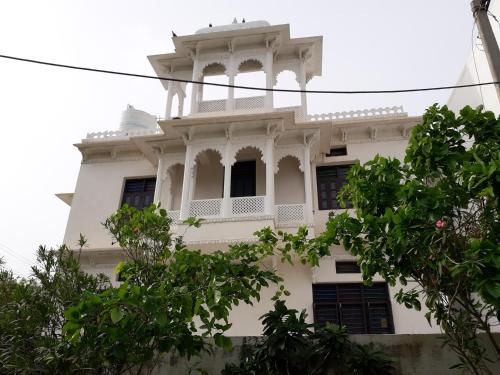 A-HOTEL com - Manhar Vilas Holiday Home, holiday home