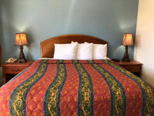 All Seasons Lodge - South San Francisco, CA CA 94080