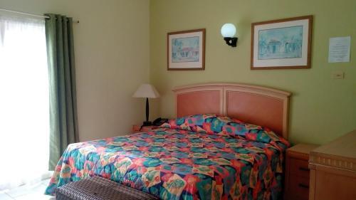 Golden Era Hotel,