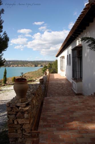 Double Room with Lake View Hotel Balneario de Zújar 8