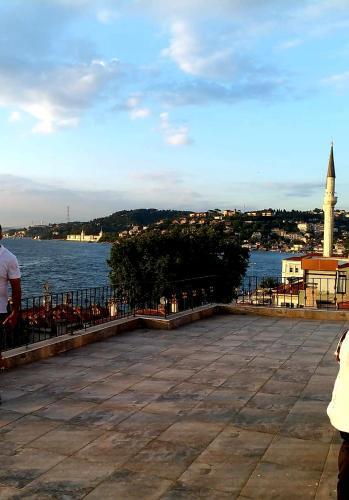 Istanbul Entre Apartment with Terrace bosphorus view ulaşım