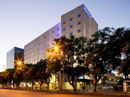 Photo - Hotel Novotel Sevilla