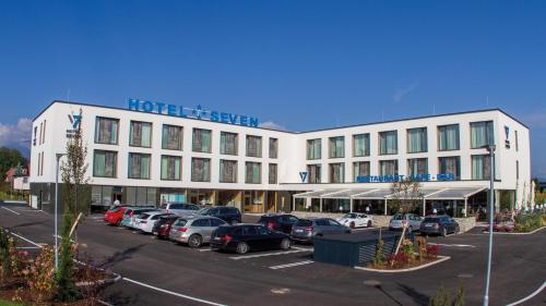 Фото отеля Hotel Seven
