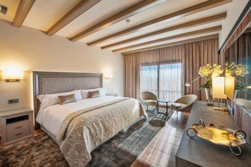 Suite with Spa Access Hotel La Caminera Club de Campo 1