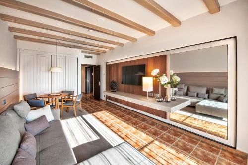 Suite with Spa Access Hotel La Caminera Club de Campo 2