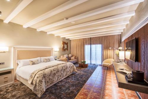 Premium Double Room with Spa Access Hotel La Caminera Club de Campo 1