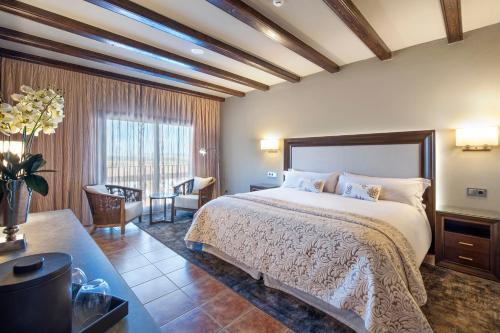 Deluxe Double Room with Spa Access Hotel La Caminera Club de Campo 1