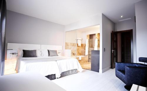 Deluxe Room Hotel & Winery Señorío de Nevada 5