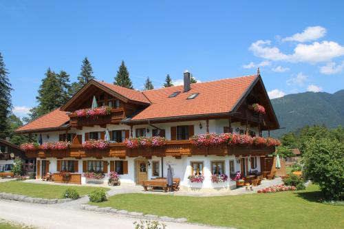 Ferienhof Zum Sagschneider - Accommodation - Lenggries / Brauneck