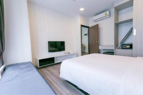 Cozy,quiet,great Location Aprtment with Pool And Gym Locals Apartmen Cozy,quiet,great Location Aprtment with Pool And Gym Locals Apartment 0017160R