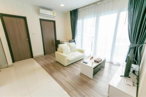 Deluxe Private Garden View Apartment*2 Suite Locals Apartment 001716 Deluxe Private Garden View Apartment*2 Suite Locals Apartment 0017160Z