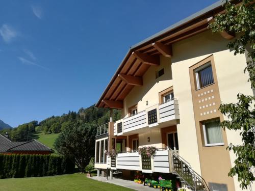 Haus MARGI - Apartment - Stall