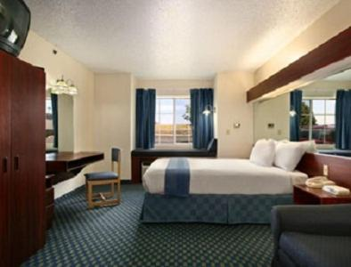 Microtel Inn & Suites By Wyndham Tulsa East - Tulsa, OK 74116