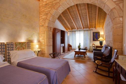 Habitación Doble Superior con terraza Casal Santa Eulalia 2