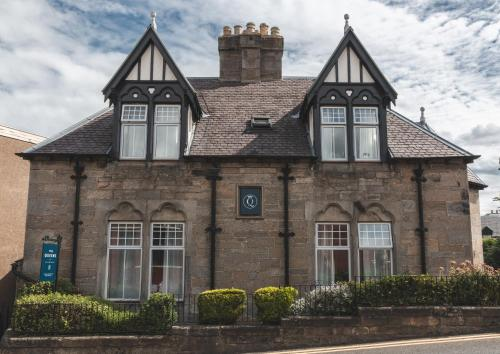 The Queens - Accommodation - Queensferry