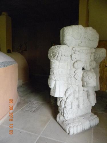 Tonantzincalli Spa Prehispanico, Xochitepec