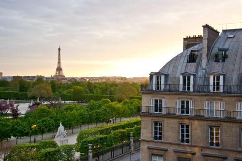 Hôtel Regina Louvre - Hôtel - Paris