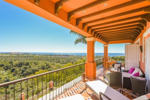 Suite Superior con vistas al mar The Marbella Heights Boutique Hotel 2