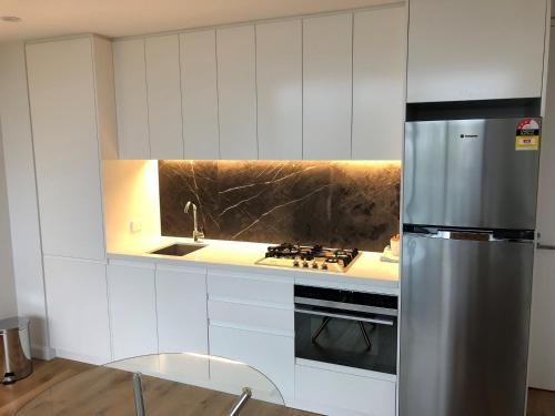 Wyndel Apartments Chatswood - Albert - image 6