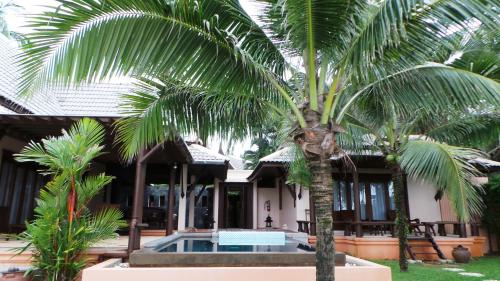 Family Two-Bedroom Villa - Beachfront
