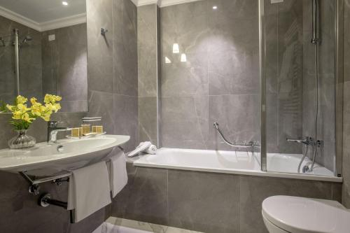 Hotel Shangri-La Roma - image 3