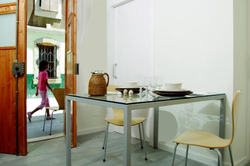 ClassBedroom Apartments I photo 11