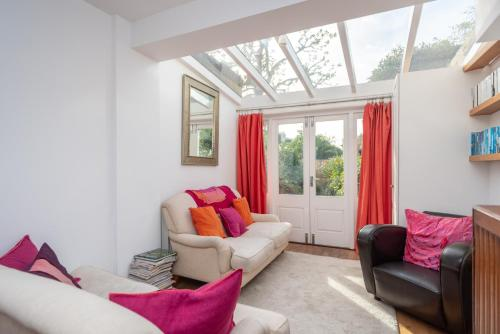 Cosy 1 Bedroom Flat With Garden In Lovely Chiswick
