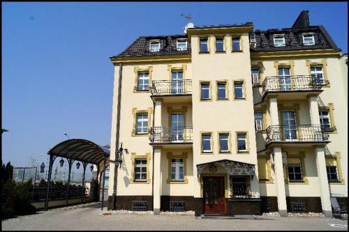 . Hotel Zaodrze