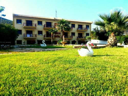 . Aliveri Residence Apartments