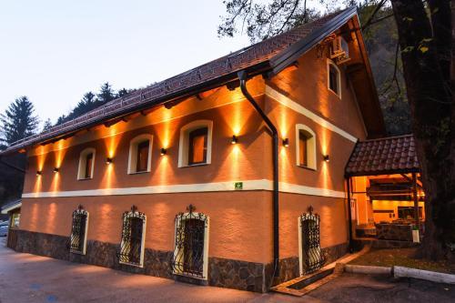 . Gorska Reka Guesthouse