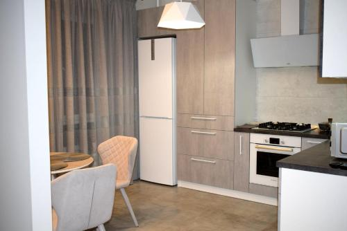 . Apartment on Kurchatova 1b