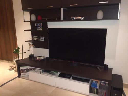 4 Br + Maid Luxurious Apartment In The Palm Jumeirah picture 1 of 11