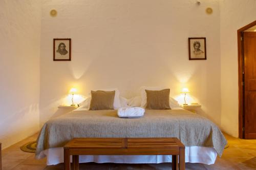 Double or Twin Room with Terrace Alcaufar Vell Hotel Rural & Restaurant 5