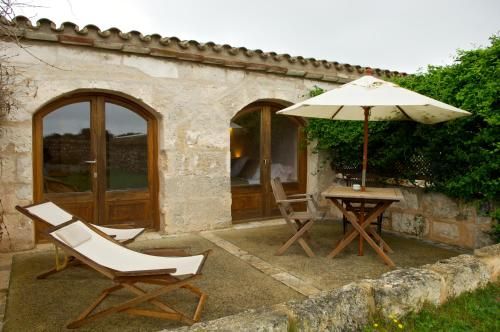 Double or Twin Room with Terrace Alcaufar Vell Hotel Rural & Restaurant 12