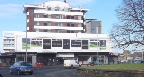 The Brunlea Hotel, Burnley