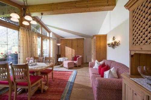 Apparthotel Veronika - Accommodation - Mayrhofen