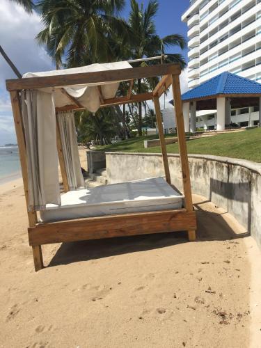 Beachfront, Juandolio