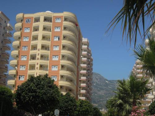 Mahmutlar A beautiful double bed, double bath flat by the sea discount