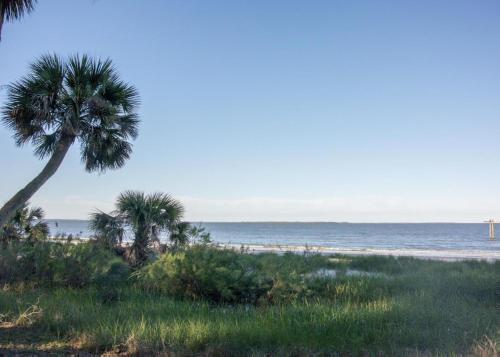 Preston's Tides on St. Helena Island