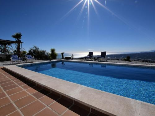 Magnificent Villa in Arenas with Swimming Pool - Hotel - Arenas