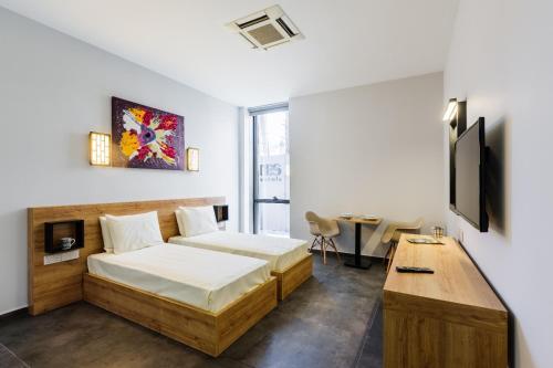 Lefkoşa Türk G-Suites Luxury Rentals price