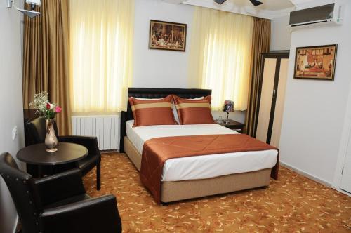 Istanbul Hotel Kuk adres