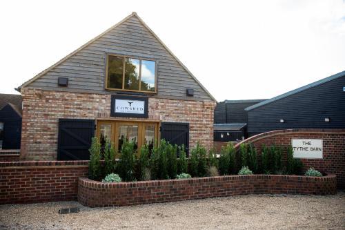 Hertford Rd, Near Welwyn, Hertfordshire AL6 0JB, England.