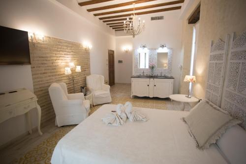 Habitación Doble Deluxe con balcón Hotel Argantonio 1