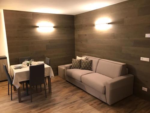 GENZIANA 2 - Apartment - Ponte di Legno