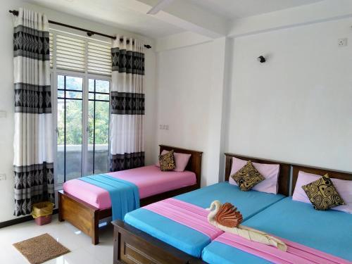 Фото отеля Kandyan Holiday Center