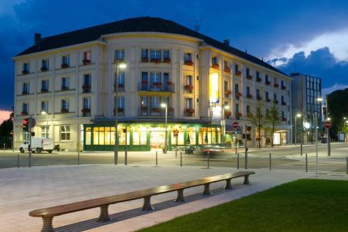 Grand Hôtel Terminus Reine - Hôtel - Chaumont